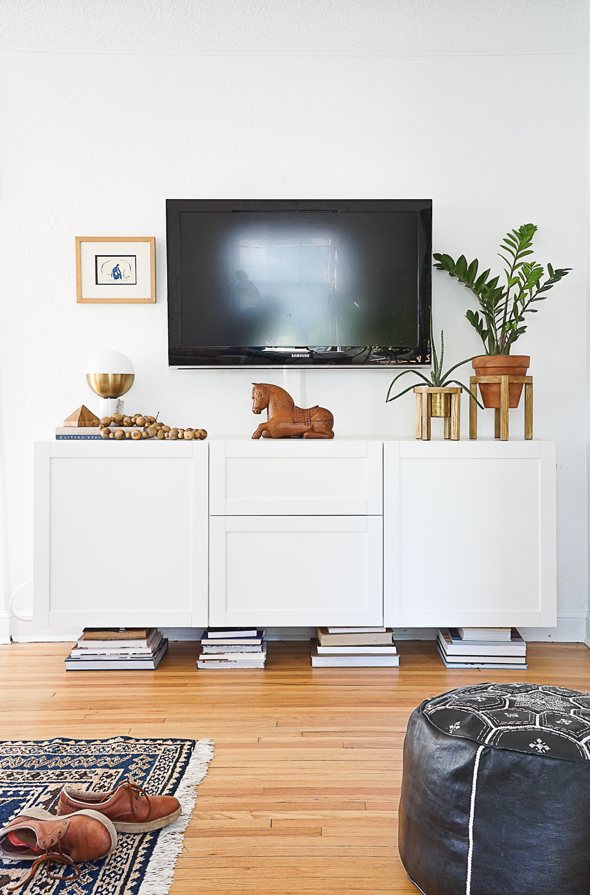 How To Style Your Media Console Francois Et Moi
