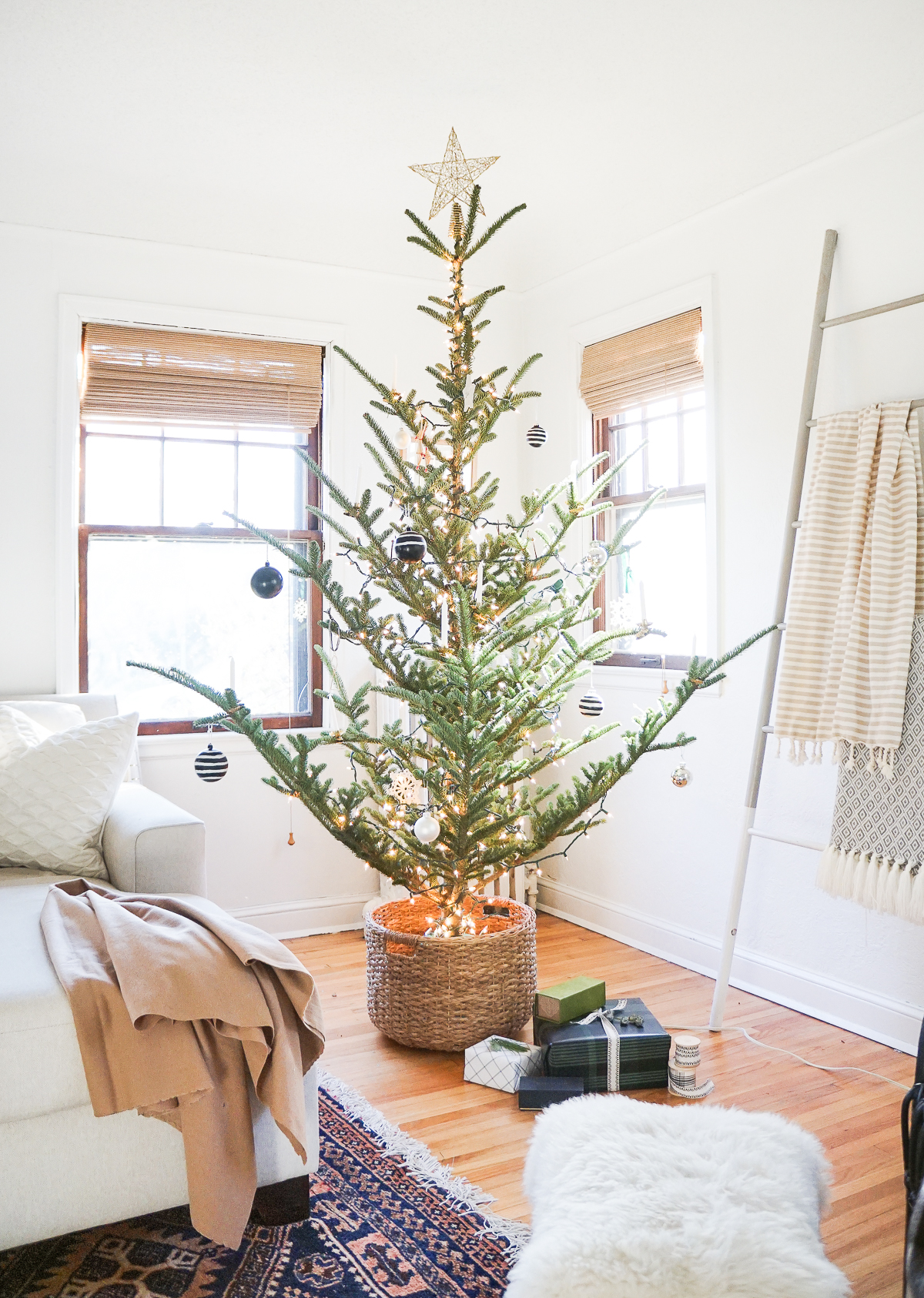 How To The Nordic Style Christmas Tree Basket Francois Et Moi